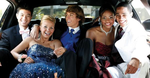 We provide a clean timely limo for transport to and from proms
