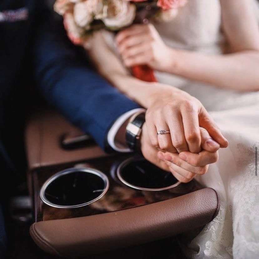 Gold Star Limousine is the perfect choice for your wedding day
