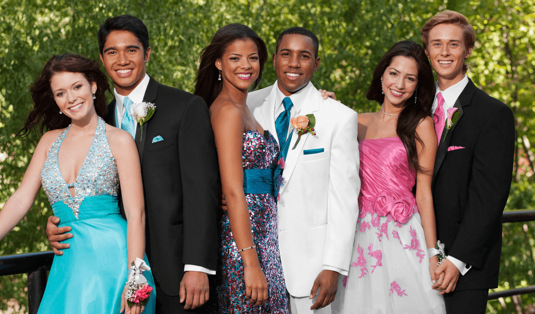 We're the perfect choice for your prom limo rental